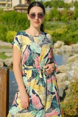 Laciyeşil Kemerli Elbise