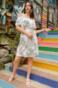 Beyazyeşil Askılı Lastikli Elbise