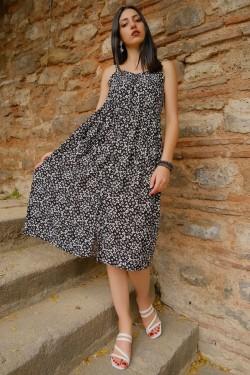 Siyah Düğmeli İp Askılı Elbise