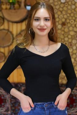 Ön Arka V Yaka Bluz İncefitillisiyah - 4590.316.