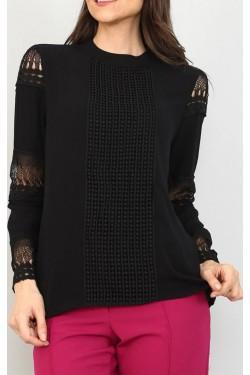 Delik İşlemeli Tasarım Siyah Gömlek