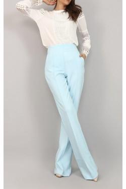 Delik İşlemeli Tasarım Beyaz Gömlek