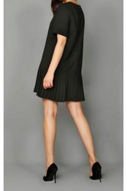 Kısa Kol Siyah Eteği Pileli Mini Elbise