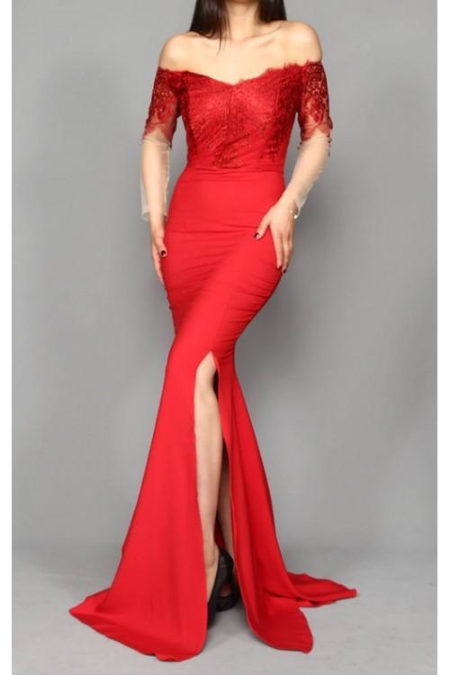 Güpür İşleme Kırmızı Uzun Abiye Elbise