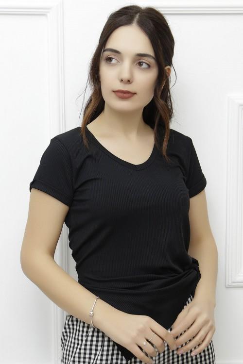 Siyah Yırtmaçlı Salaş Tişört