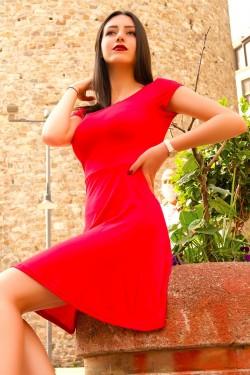 Kayık Yaka Kırmızı Kloş Mini Elbise