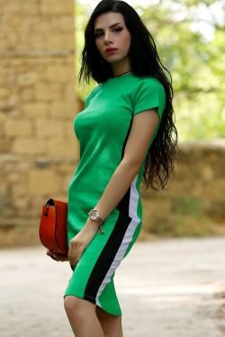 Yeşil Yanı Çizgili Elbise